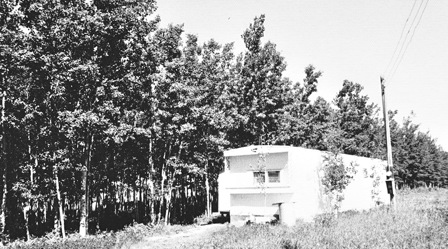 Sisters' trailer in Hawk Hills