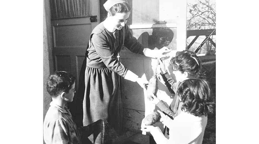 Sister Marilyn Gillespie and children